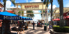 Places to go in Miami: Bayside Marketplace