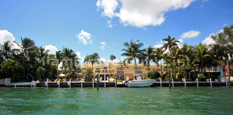 Luxury Vacation Rentals in Miami