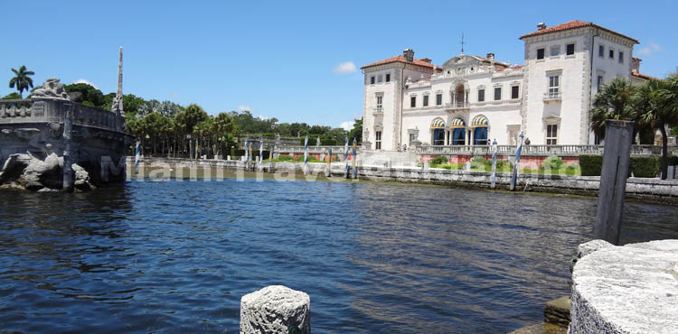 Vizcaya Museum and Gardens -  Atractions in Miami