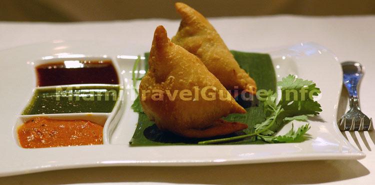 Miami ristoranti indiani miami travel guide for Anokha indian cuisine